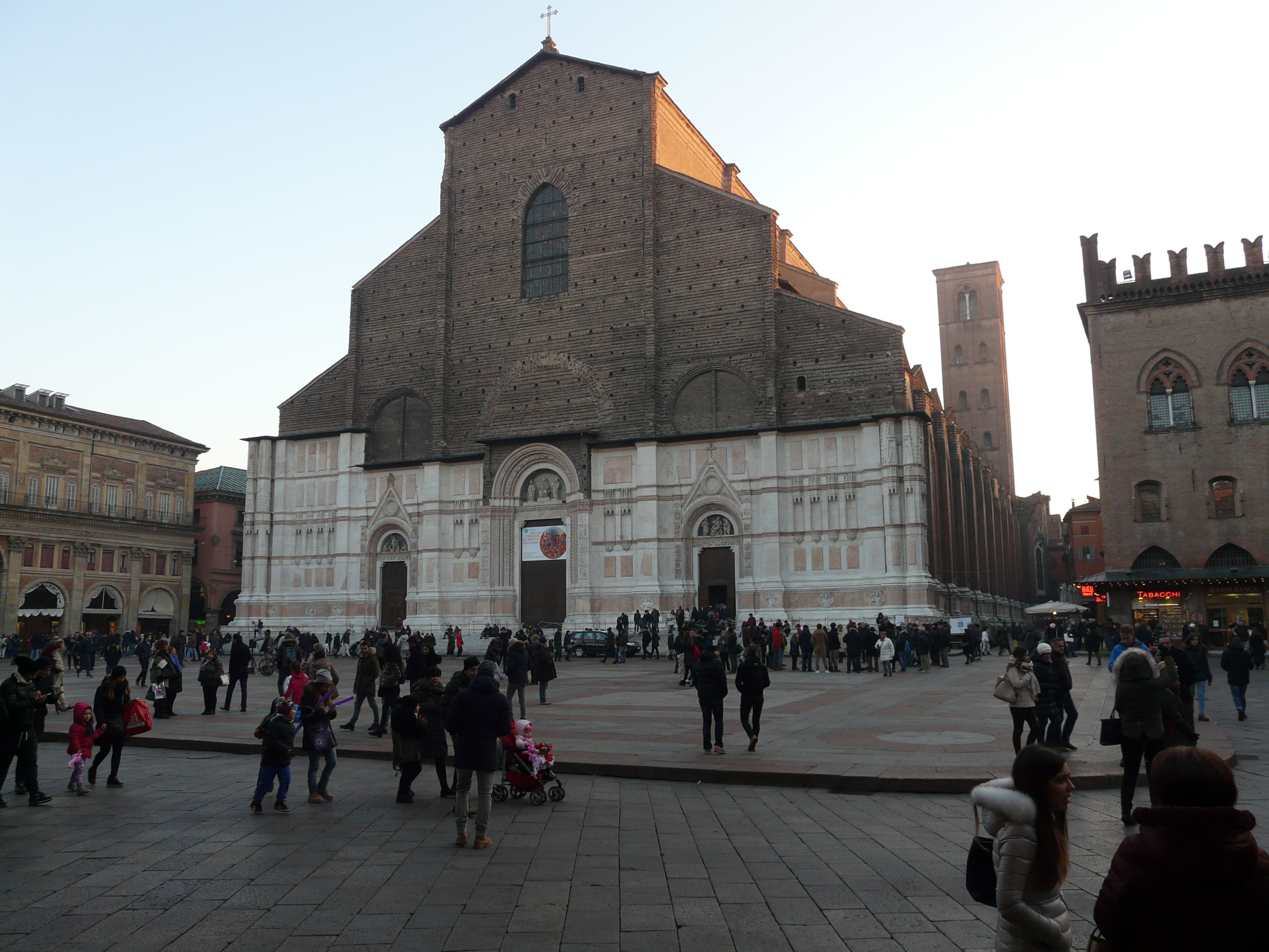 The Best of Bologna - Basilica san Petronio