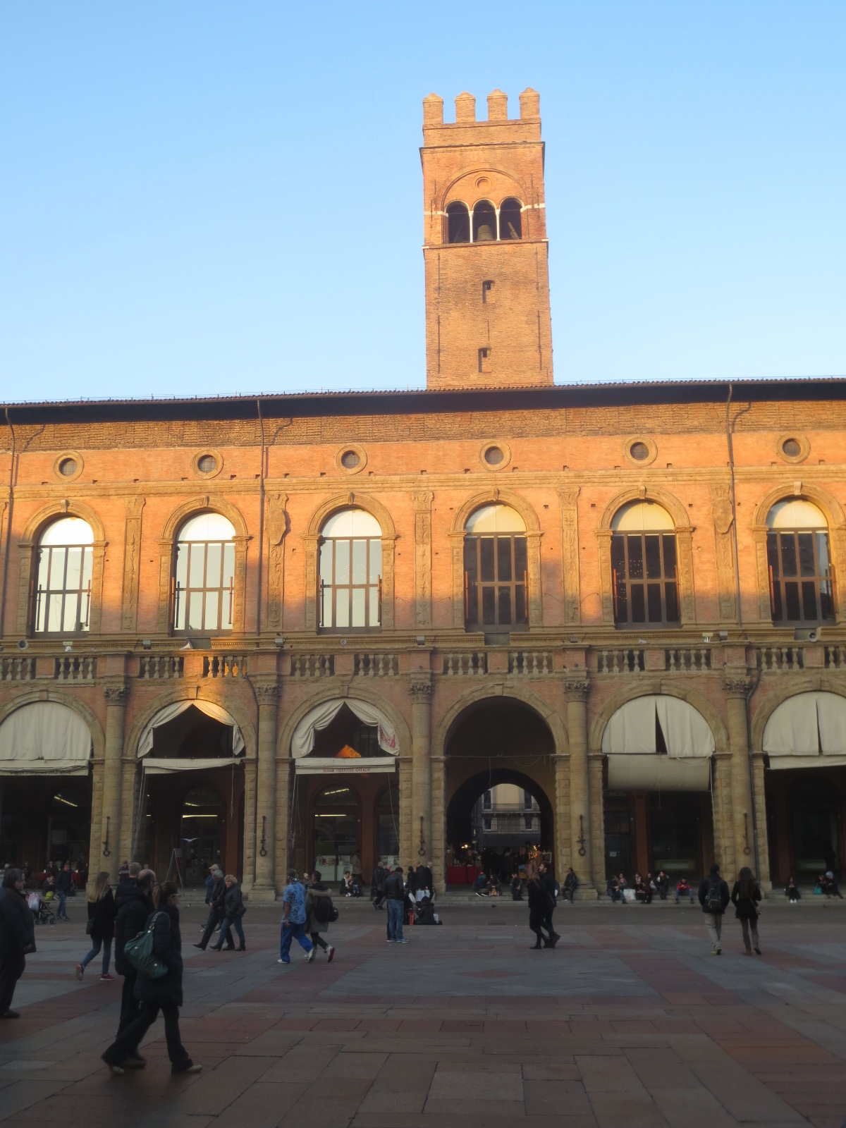 The Best of Bologna - Torre dell'Arengo