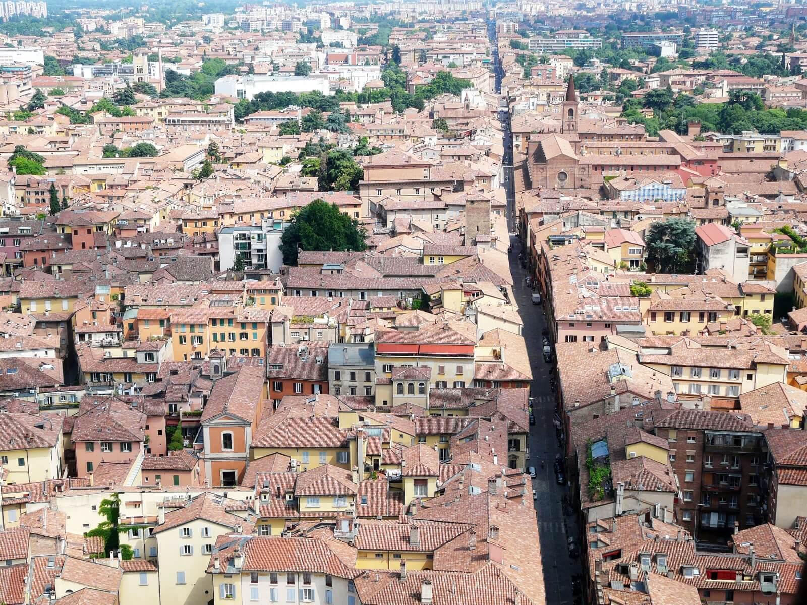 Bezienswaardigheden Bologna - Toren Asinelli en de Due Torri